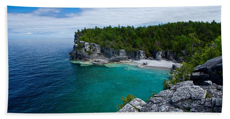 Bruce Peninsula Beach Towel featuring the photograph Indian Head Cove by Cale Best