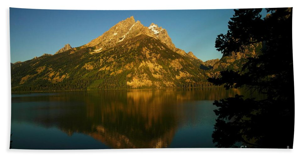 Water Beach Towel featuring the photograph Jenny Lake by Jeff Swan