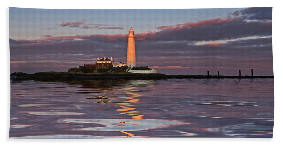 St Marys Beach Towel featuring the photograph Lighthouse Reflection by David Pringle