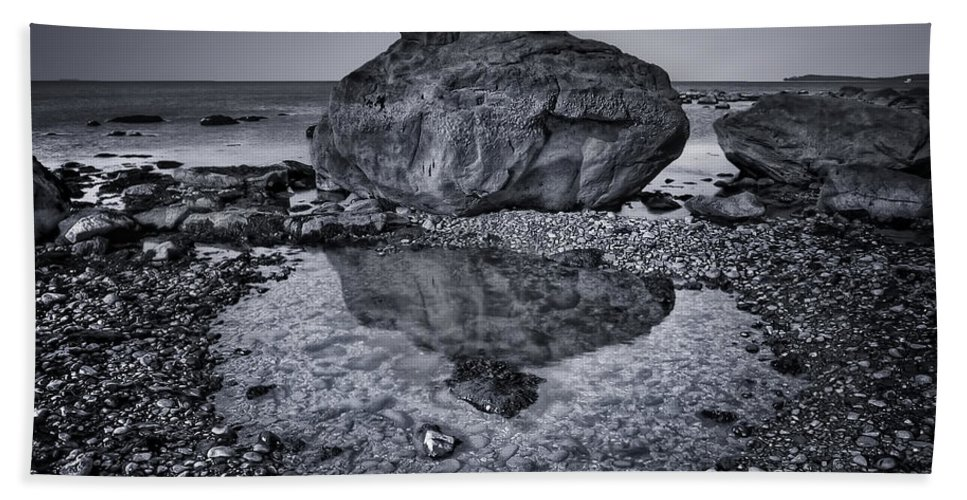 Rock Beach Towel featuring the photograph Liquid State by Evelina Kremsdorf