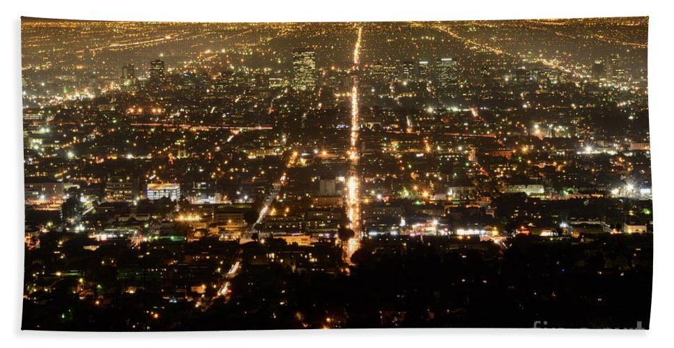 Los Angeles Beach Towel featuring the photograph Los Angeles At Night 2 by Bob Christopher