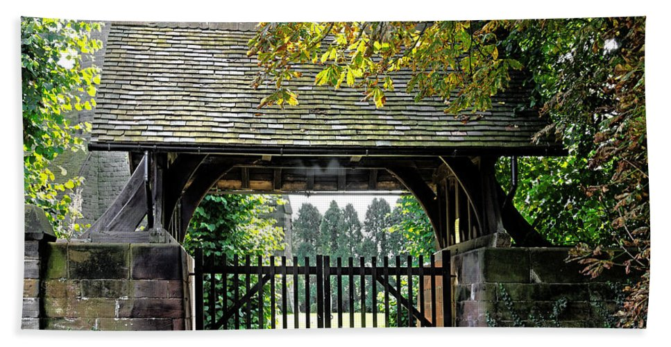 Scropton Beach Towel featuring the photograph Lychgate To St Paul's Church - Scropton by Rod Johnson
