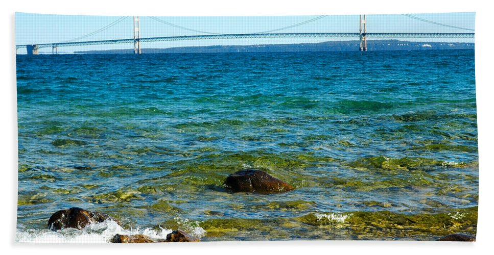 Usa Beach Towel featuring the photograph Mackinac On The Rocks by LeeAnn McLaneGoetz McLaneGoetzStudioLLCcom
