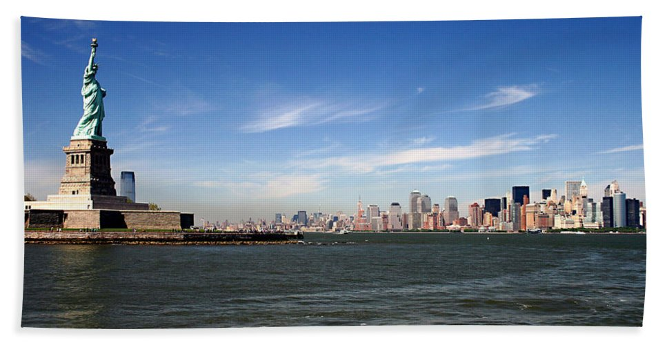 Manhattan Skyline Beach Towel featuring the photograph Manhattan Skyline by Wes and Dotty Weber