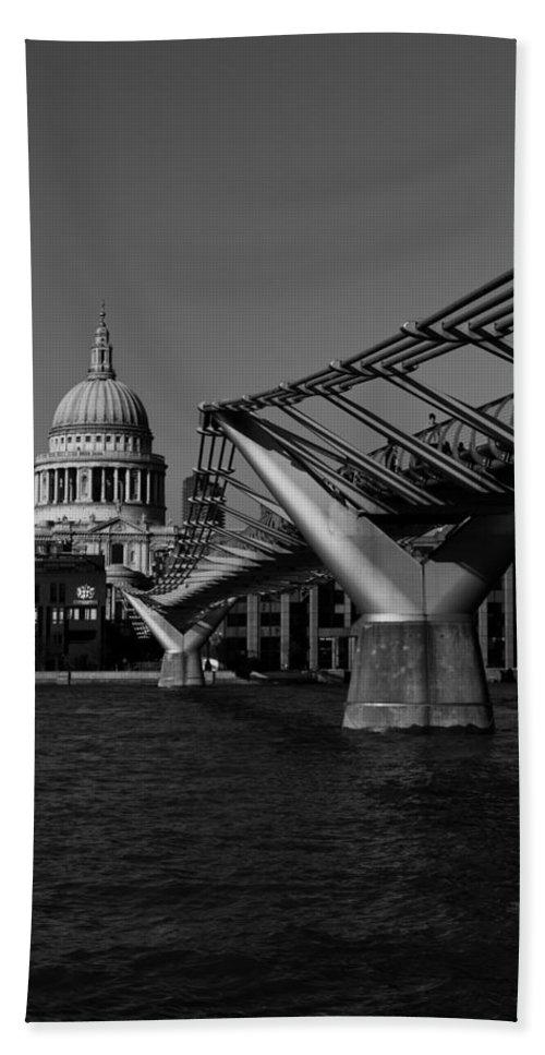 Millenium Beach Towel featuring the photograph Millenium Bridge And St Pauls Cathedral by David Pyatt