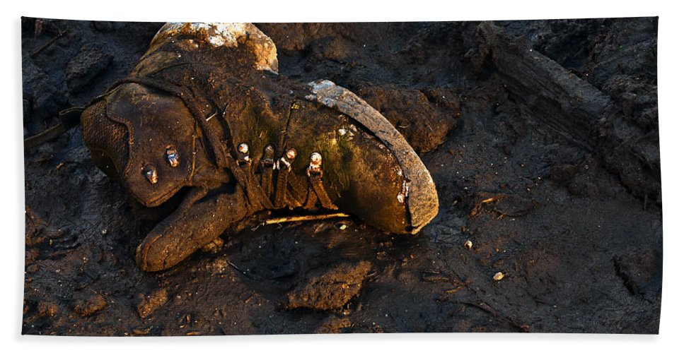 Heron Haven Beach Towel featuring the photograph Missing Shoe by Edward Peterson
