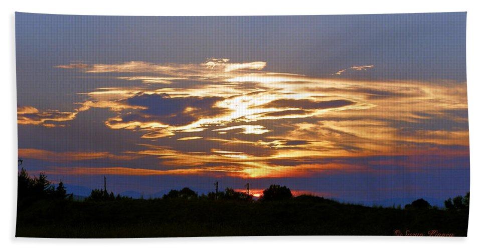Montana Beach Towel featuring the photograph Montana Sunset by Susan Kinney