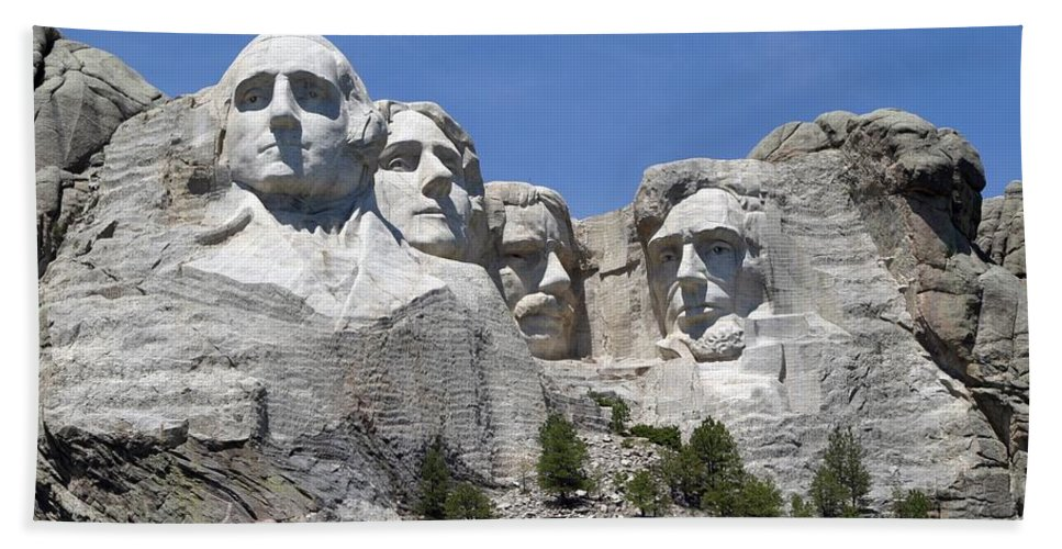 Mount Rushmore Beach Towel featuring the photograph Mount Rushmore by Living Color Photography Lorraine Lynch
