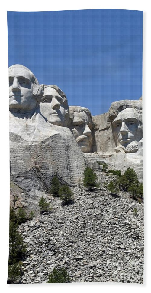 Mount Rushmore Beach Towel featuring the photograph Mount Rushmore Vertical by Living Color Photography Lorraine Lynch