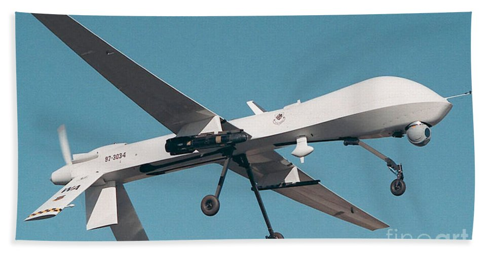 Air Force Beach Towel featuring the photograph Mq-1 Predator Drone by Photo Researchers