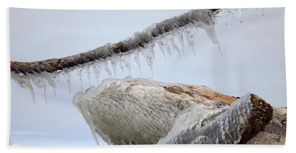 Winter Beach Towel featuring the photograph Natures Ice Sculptures 3 by Rose Santuci-Sofranko