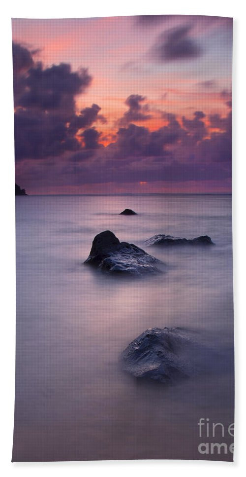 Anini Beach Beach Towel featuring the photograph North Shore Breeze by Mike Dawson