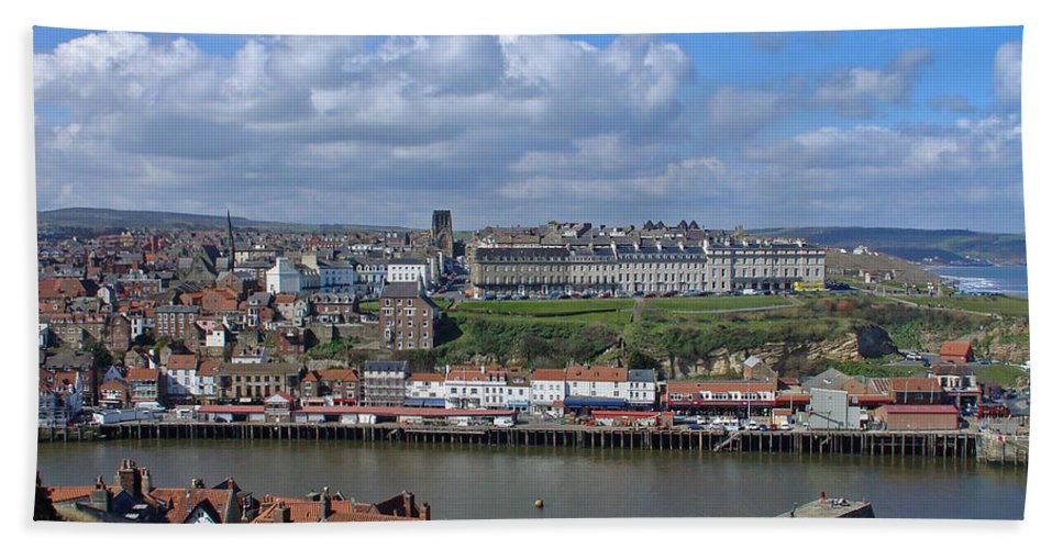Cars Beach Towel featuring the photograph Overlooking Whitby by Rod Johnson