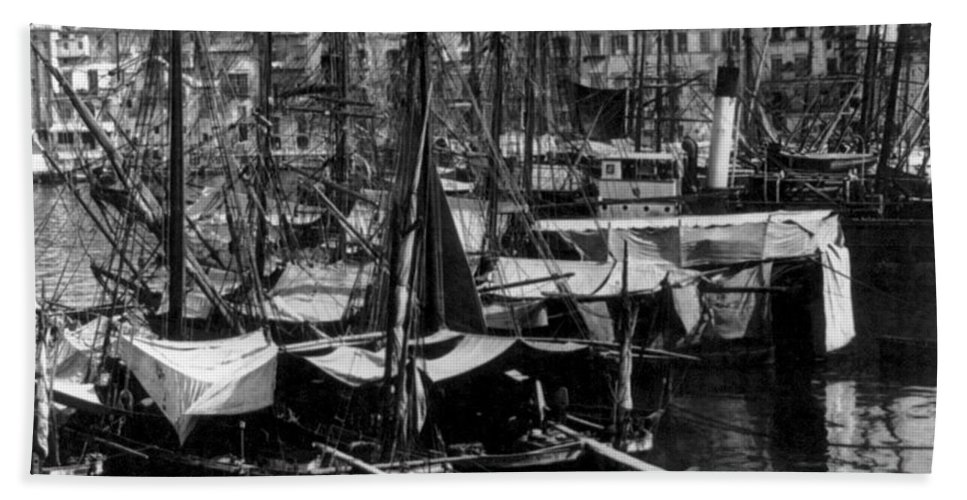 old Palermo Sicily Beach Towel featuring the photograph Palermo Sicily - Shipping Scene At The Harbor by International Images