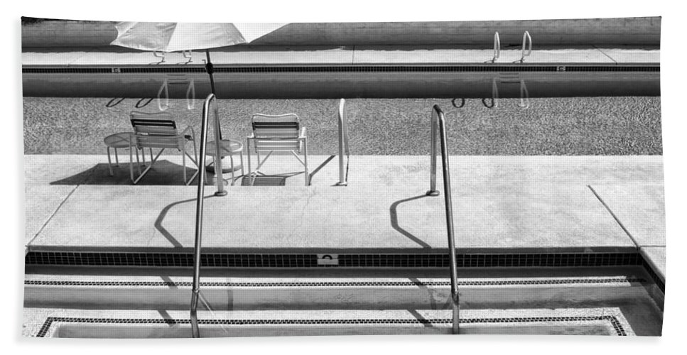 Black And White Beach Towel featuring the photograph Peaceful Oasis Bw Palm Springs by William Dey
