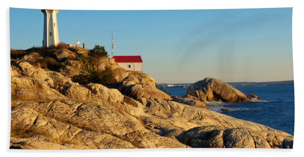 Vancouver Beach Towel featuring the photograph Point Atchison Lighthouse 2 by Bob Christopher