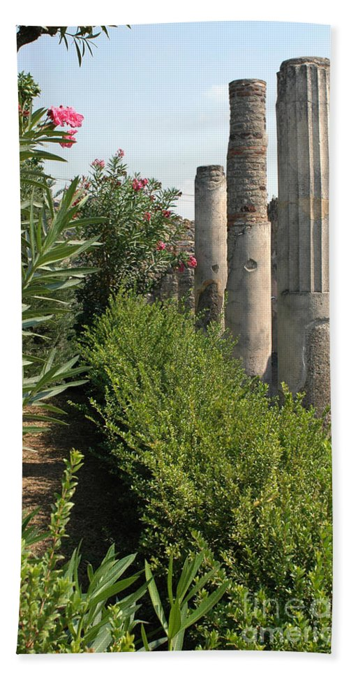 Pompeii Beach Towel featuring the photograph Pompeii Columns 2 by Mike Nellums