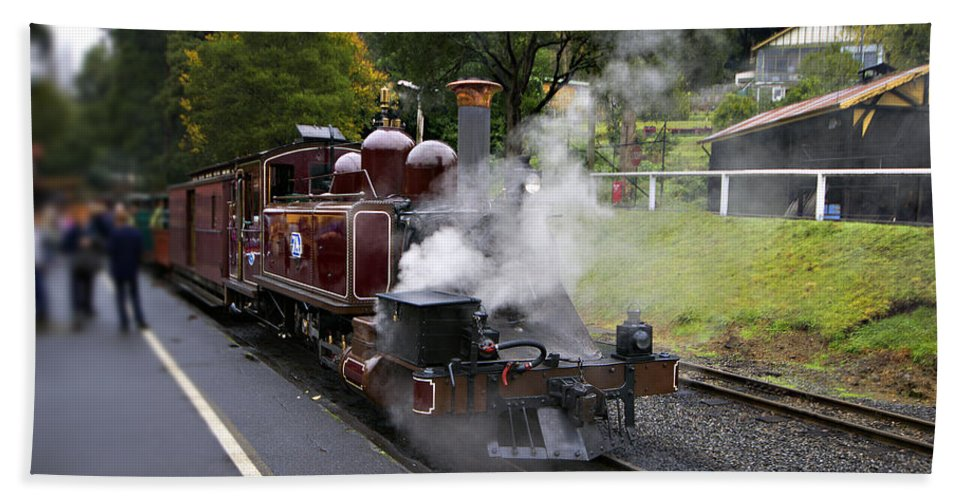 Puffing Billy Yarra Valley Beach Towel featuring the photograph Puffing Billy V2 by Douglas Barnard