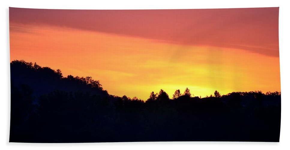 Red Beach Towel featuring the photograph Red Sky At Morning by Maria Urso