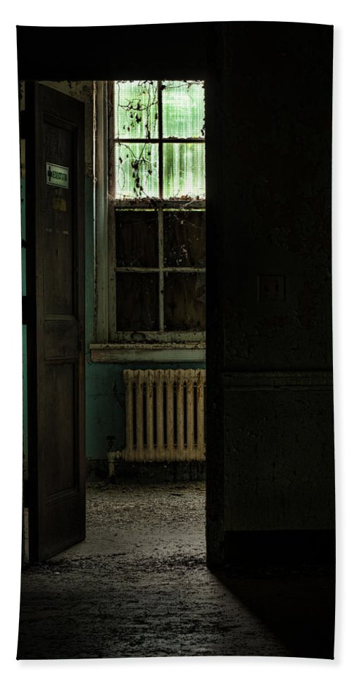 Abandoned Building Beach Towel featuring the photograph Resuscitator Room by Gary Heller