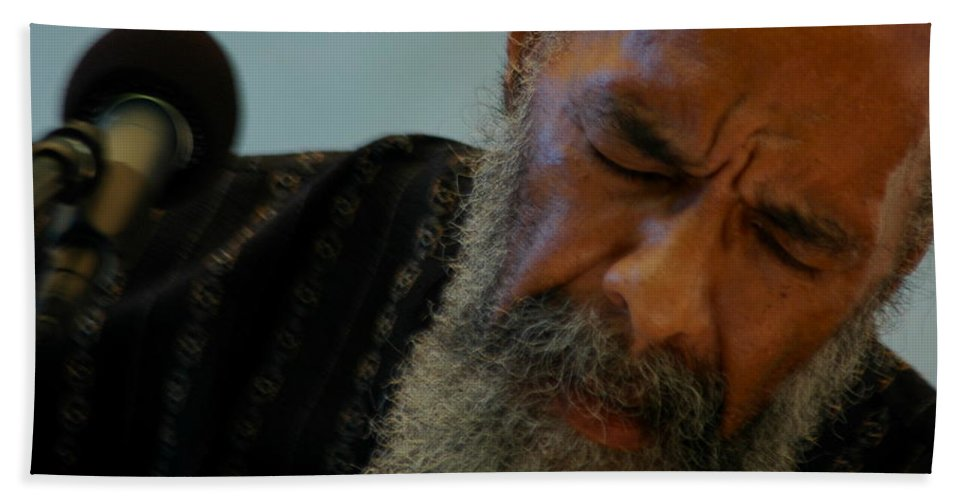 Singer Beach Towel featuring the photograph Ritchie Havens by Mark Gilman