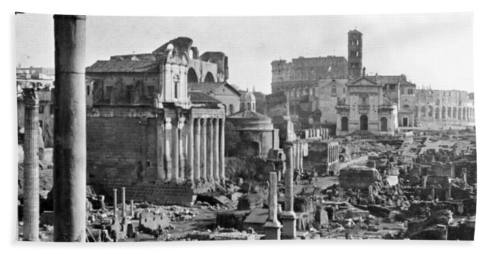 Colosseum Beach Towel featuring the photograph Roman Colosseum - Italy - C 1906 by International Images