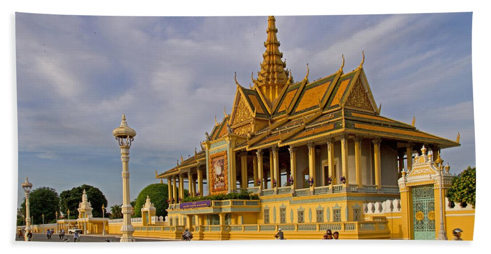 Asia Beach Towel featuring the photograph Royal Palace by David Freuthal