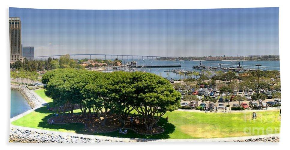 Bay Beach Towel featuring the photograph San Diego by Henrik Lehnerer