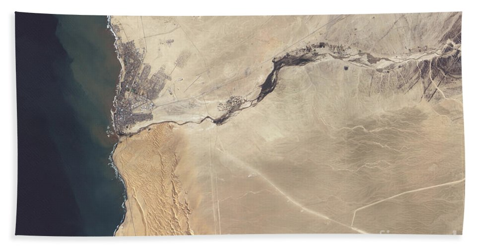 River Beach Towel featuring the photograph Satellite Image Of The Swakop River by Stocktrek Images