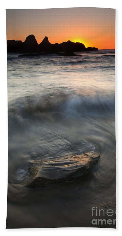 Seal Rock Beach Towel featuring the photograph Seal Rock Sunset by Mike Dawson