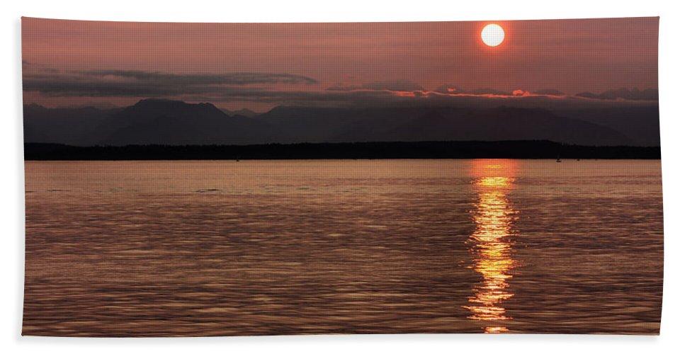 Sunset Beach Towel featuring the photograph Seattle Sunset by Kristin Elmquist