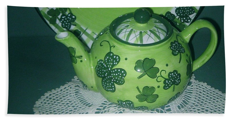 Shamrock Tea Pot Beach Towel featuring the photograph Shamrock Tea by Nancy Patterson