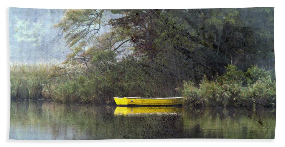 Landscape Beach Towel featuring the photograph Splash Of Color by Edward Kreis