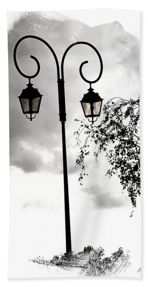 Street Lamps Beach Towel featuring the photograph Street Lamps by Diana Haronis