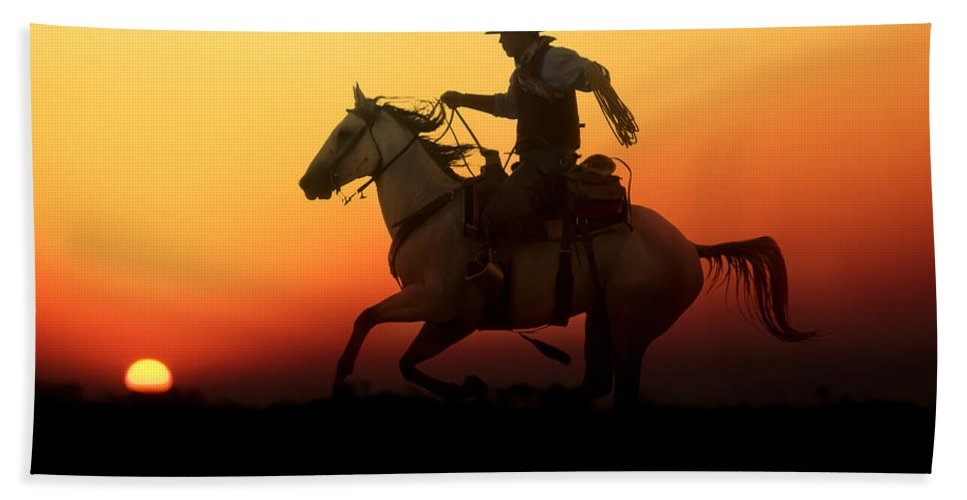 Silhouette Beach Towel featuring the photograph Sunset Romance by Janet Fikar