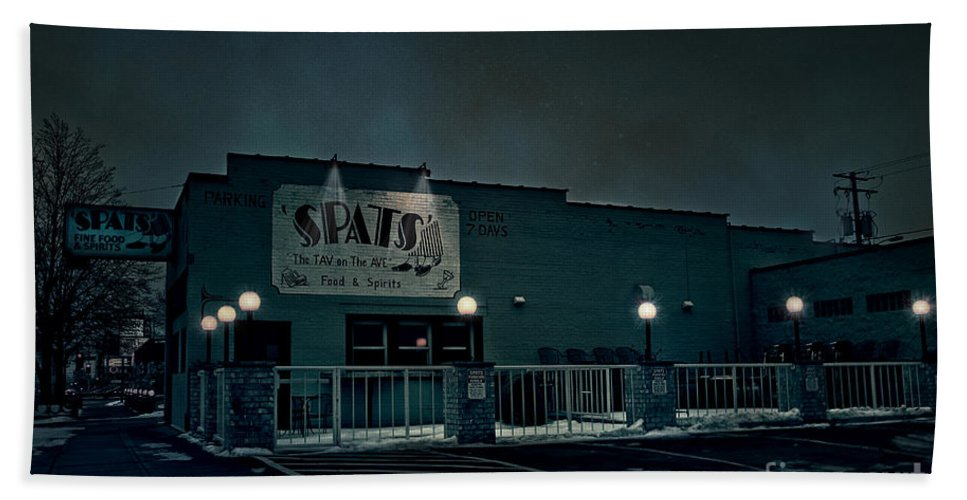 Spats Beach Towel featuring the photograph Tav On The Ave by Joel Witmeyer