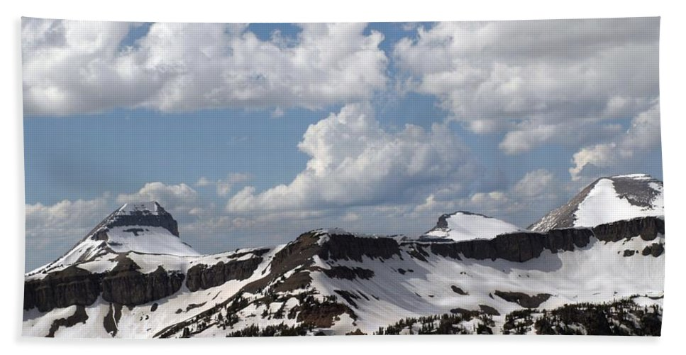 Rendezvous Mountain Beach Towel featuring the photograph Teton Range by Living Color Photography Lorraine Lynch