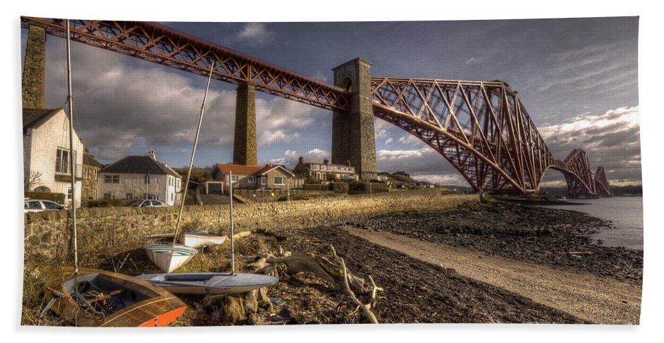 Forth Bridge Beach Towel featuring the photograph The Forth Rail Bridge by Rob Hawkins