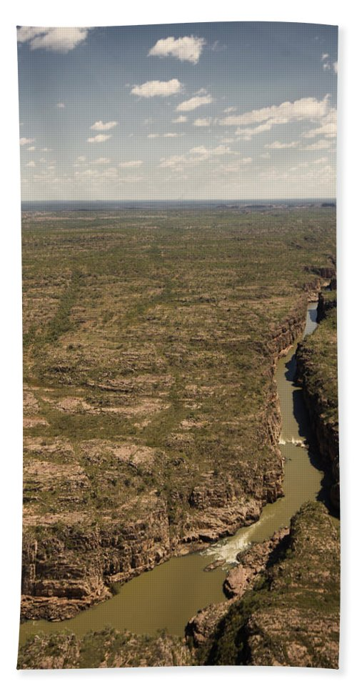Katherine Gorge Beach Towel featuring the photograph The Gorge by Douglas Barnard