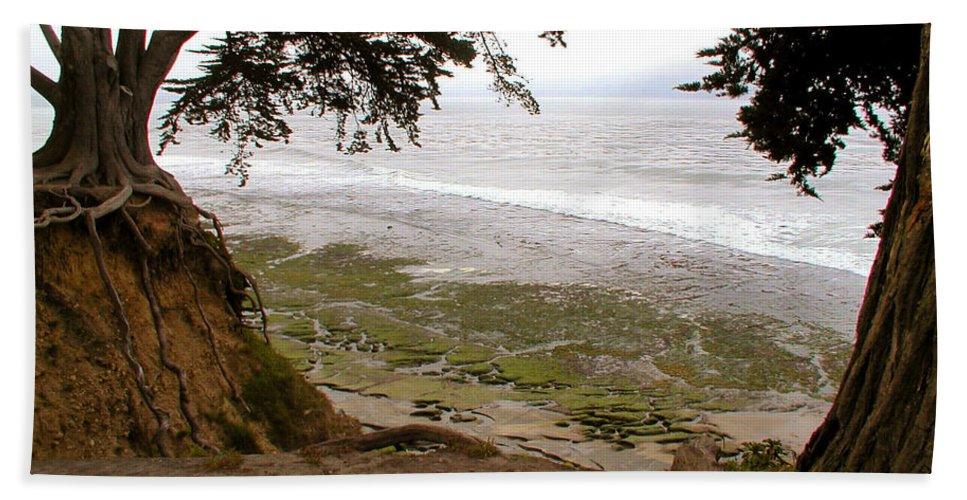 Landscape Beach Towel featuring the photograph The Sentinels View Of The Ocean by Kathleen Grace