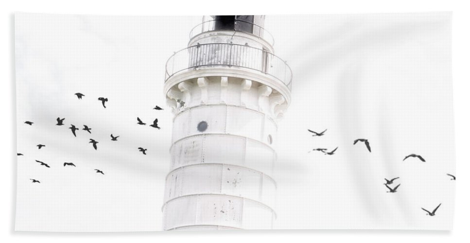 Lighthouse Beach Towel featuring the photograph To The Lighthouse by Joel Witmeyer
