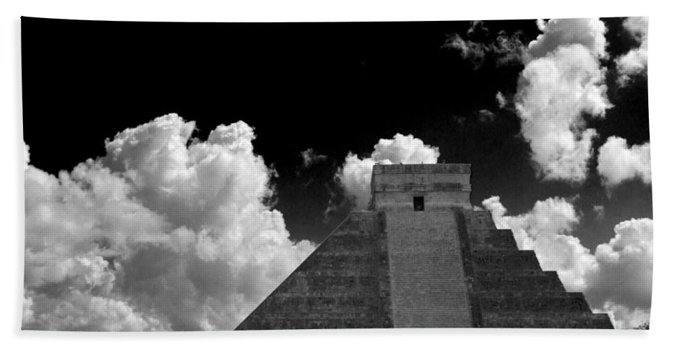 Chichen Itza Beach Towel featuring the photograph To The Top by Ken Frischkorn
