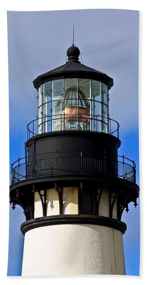 Yaquina Bay Lighthouse Beach Towel featuring the photograph Top Of Lighthouse by Athena Mckinzie