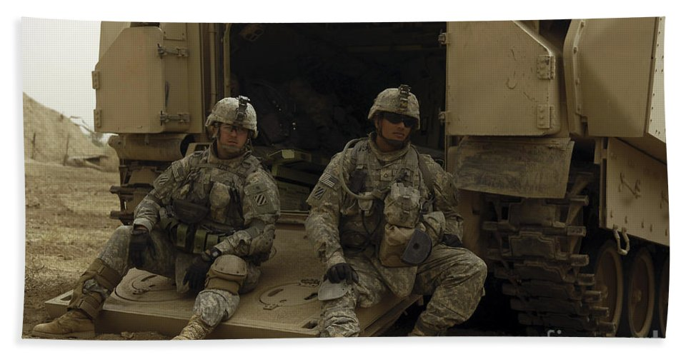 Operation Iraqi Freedom Beach Towel featuring the photograph U.s. Army Soldiers Waiting At Patrol by Stocktrek Images