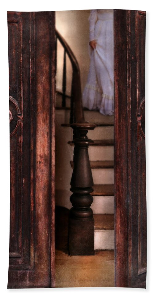 Woman Beach Towel featuring the photograph Victorian Lady Descending Stairs by Jill Battaglia