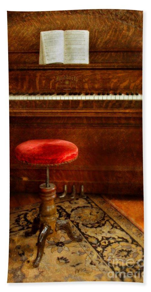Piano Beach Towel featuring the photograph Vintage Piano by Jill Battaglia