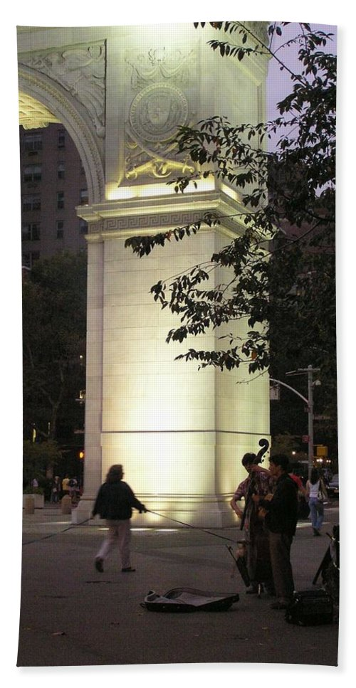 Dog Walking Beach Towel featuring the photograph Washington Square Park by Stefa Charczenko