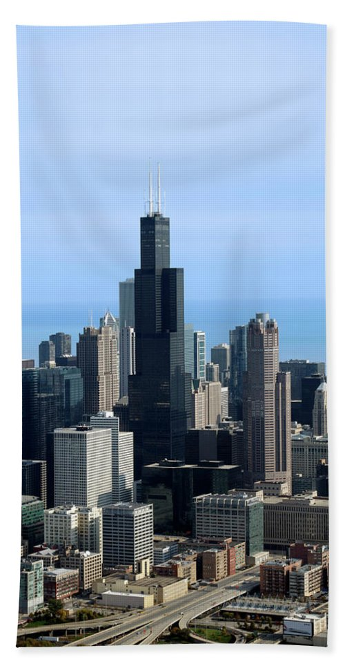 Cities Beach Towel featuring the photograph Willis Sears Tower 02 Chicago by Thomas Woolworth