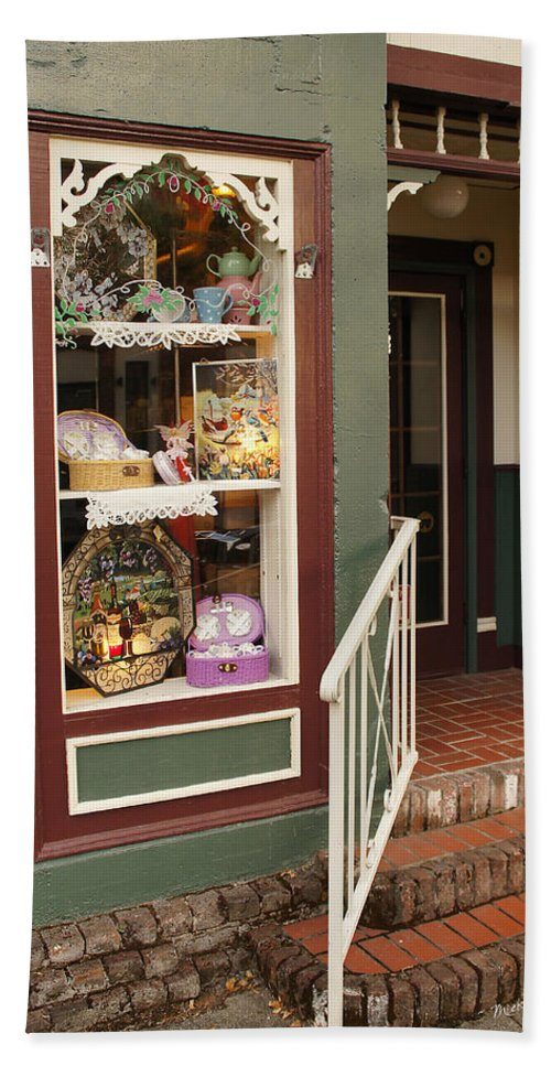 Grants Pass Beach Towel featuring the photograph Window Shop Detail by Mick Anderson