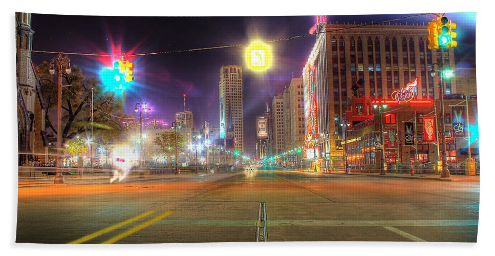 King Kong Beach Towel featuring the photograph Woodward Ave Detroit Mi by Nicholas Grunas